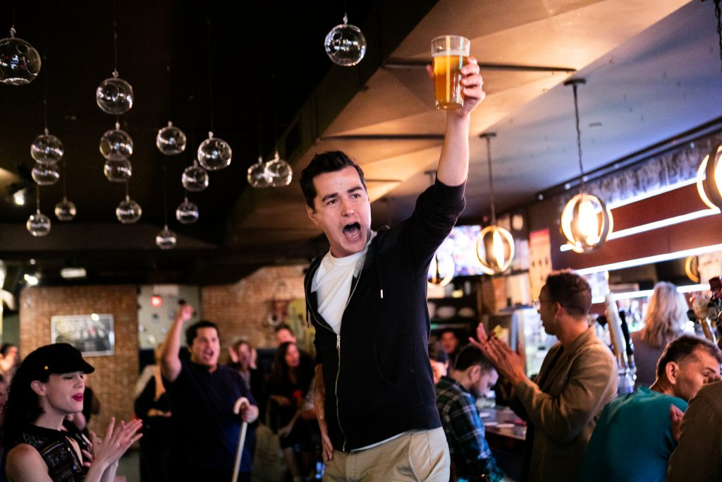 New York Shakespeare Exchange presents SHAKESBEER, New York City's Original Shakesperean Pub Crawl, photo by Martin Harris
